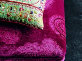Perdele si tapet Zoffany – Kalamkari FB Cushion