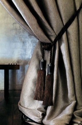 Curtains and wallpaper Houles – embrasse-acéa