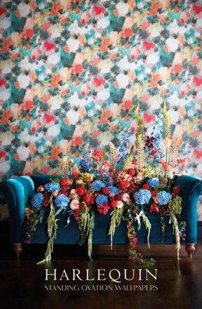 Harlequin Brochure: Standing Ovation Wallpaper