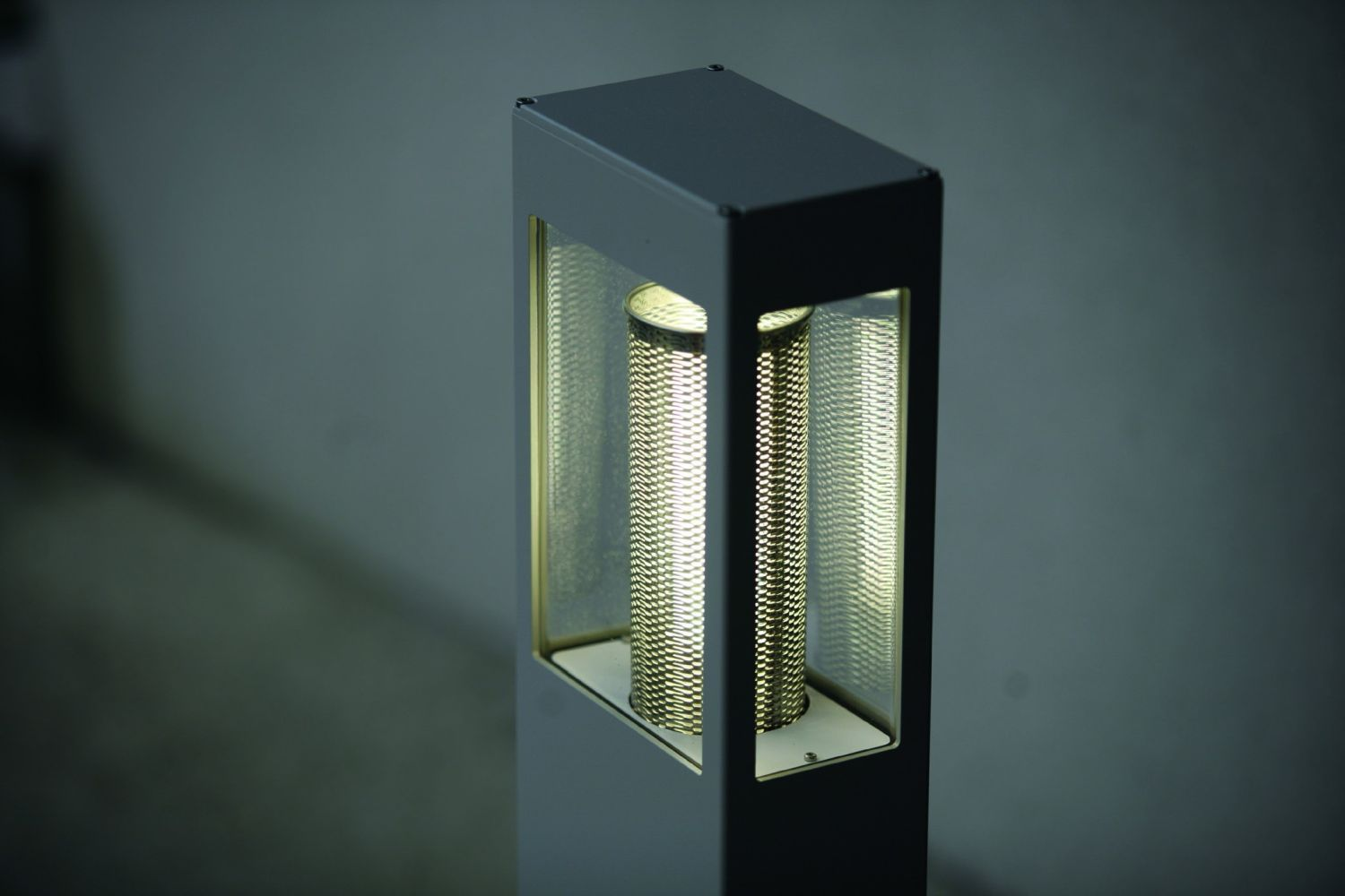 Artisan Roger Pradier - Tetra - Lighting Appliances - Outdoor