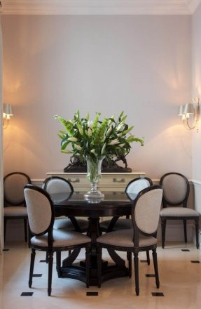 Furniture – Table – Chairs – Belgravia